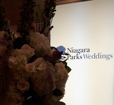 I had no idea that the Niagara Parks offered wedding venues, and they actually offer several for both ceremonies and receptions. niagaraparksweddings.com